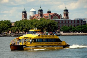10139494-nyc-ny-watertaxi-and-ellis-island